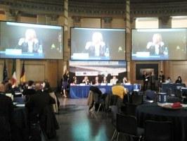 La d.ssa Calilli, MARLISCO Project Coordinator Provincia di Teramo, apre i lavori del Forum
